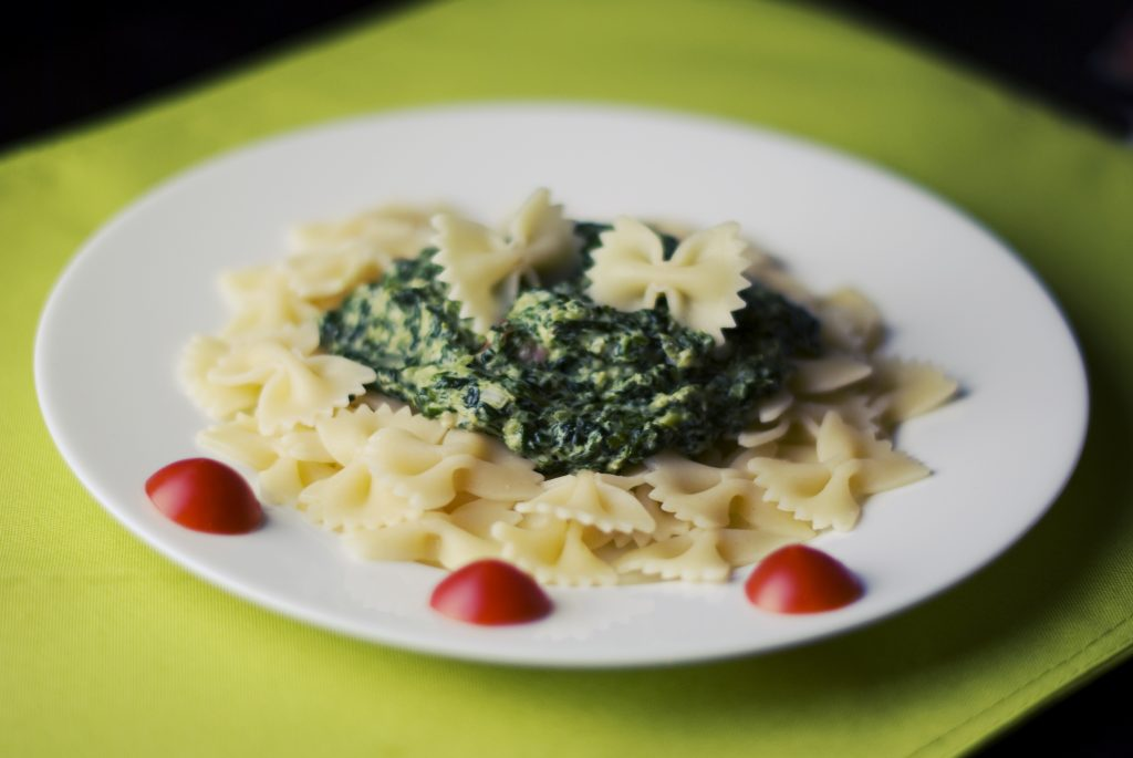 food-pasta-spinach